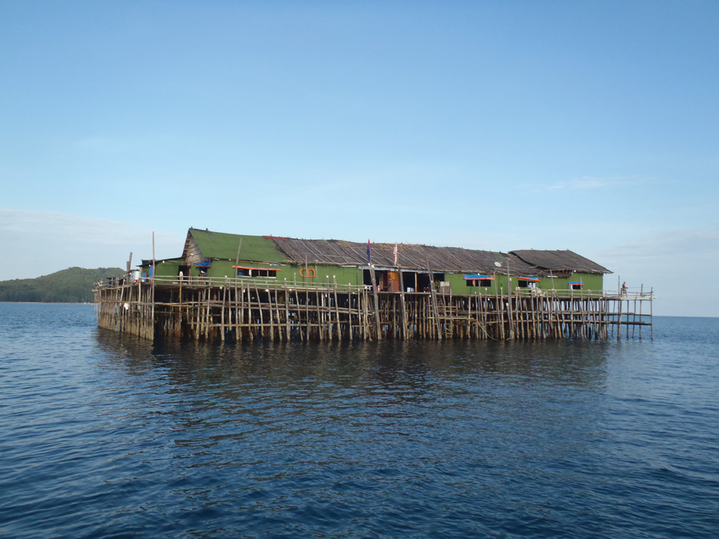 Fishing resorts known locally as 'Kelongs' - Photo by Bill OLeary