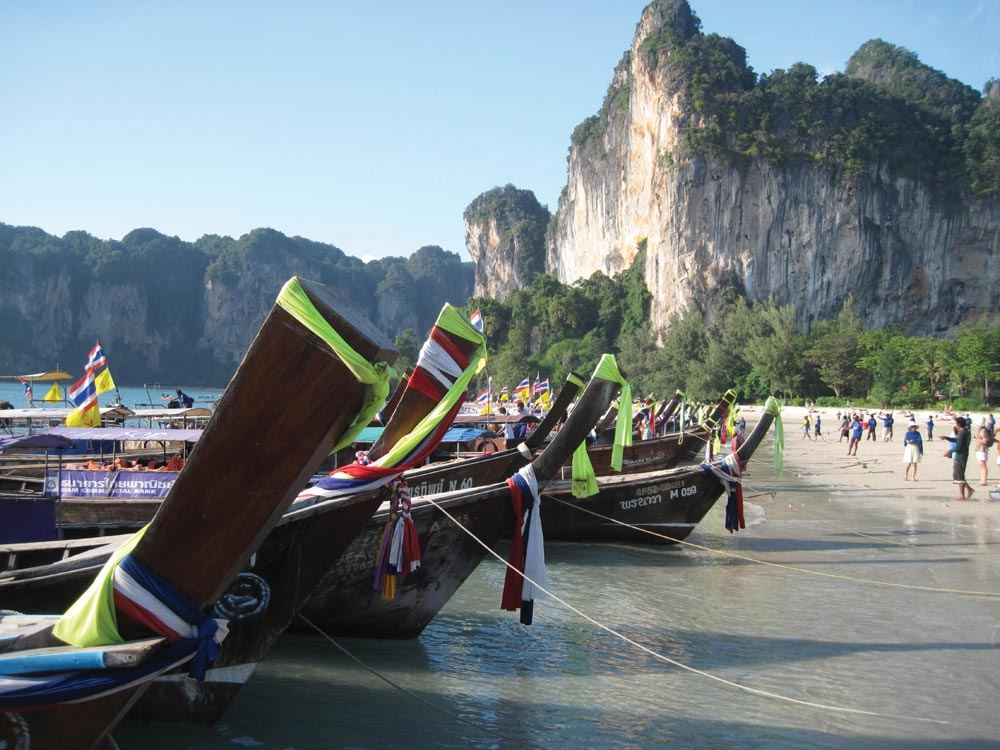Longtail boats ready to take day trippers back to Ao Nang
