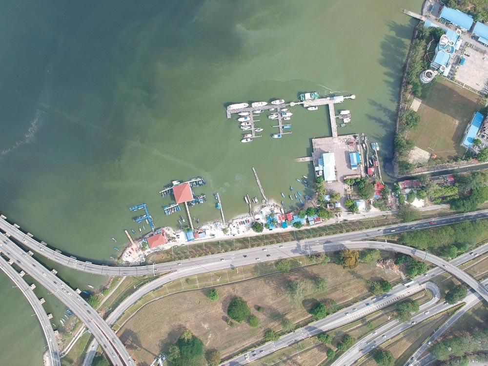 Marina Batu Uban and Penang Bridge