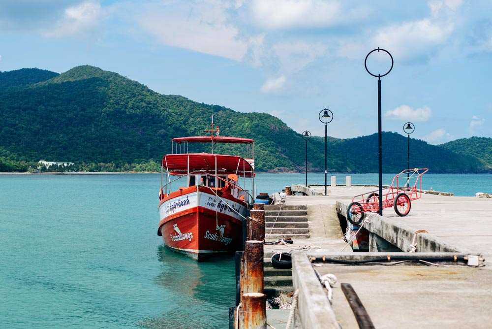 A quiet jetty in Bang Bao Bay