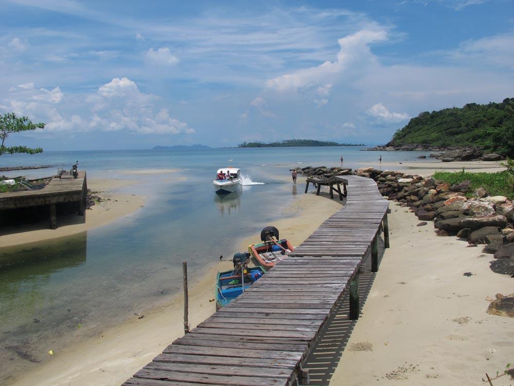 Koh Kut village jetty