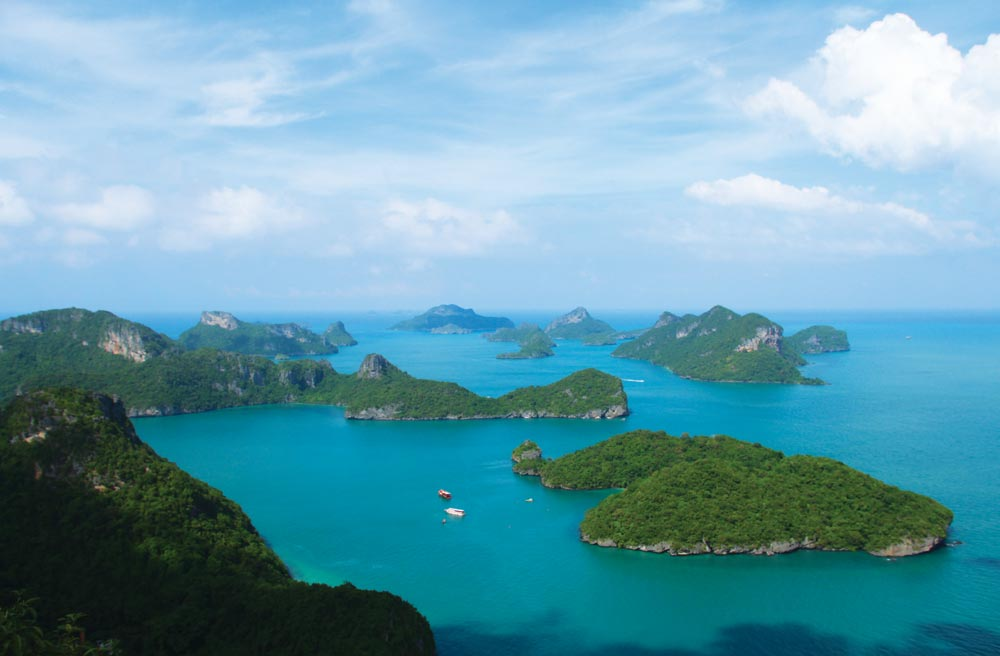 Koh Wua Ta Lap, Ang Thong Islands, Gulf of Thailand | Photo by Khryselakatos/commons.wikimedia.org
